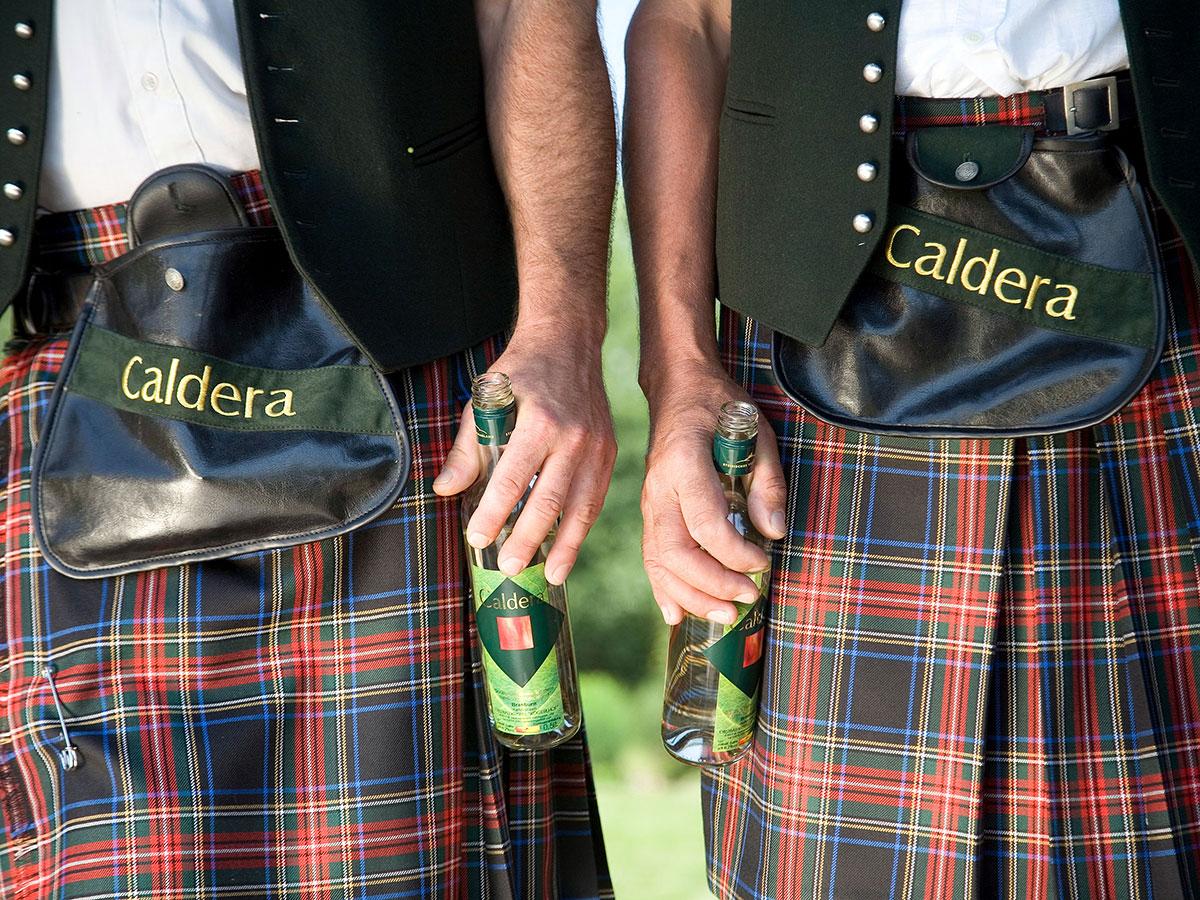 Caldera Outfit Schottenrock